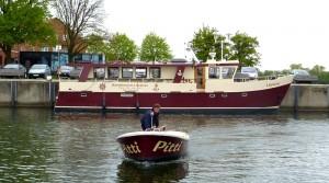 Bootsfahrschule-Likedeeler-Stralsund-Sportbootführerscheinausbildung