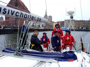 Bootsfahrschule-Likedeeler-Stralsund-Sportküstenschifferschein-Ausbildung-Praxis-Fahren