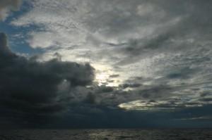 Gewitter auf See zieht auf